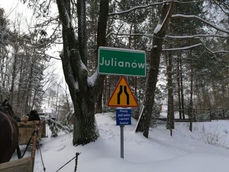 Wyjazd Zuchów i Biedronek do Julianówki